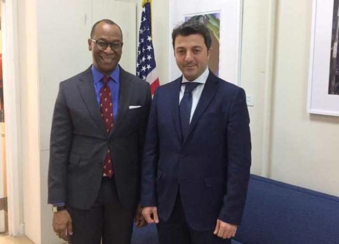 Qarabağ icmasının rəhbəri amerikalı diplomatla danışıqlarda