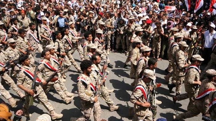 Yemen:   Un ataque de los hutíes con drones deja 5 soldados muertos en un desfile del Gobierno