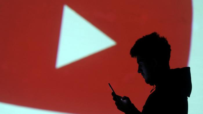 YouTube     prohíbe los videos de bromas pesadas y retos peligrosos