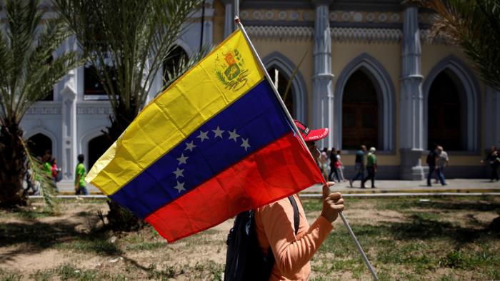 """Venezuela responsabiliza a Ecuador por """"toda infracción"""" contra la integridad de sus nacionales"""