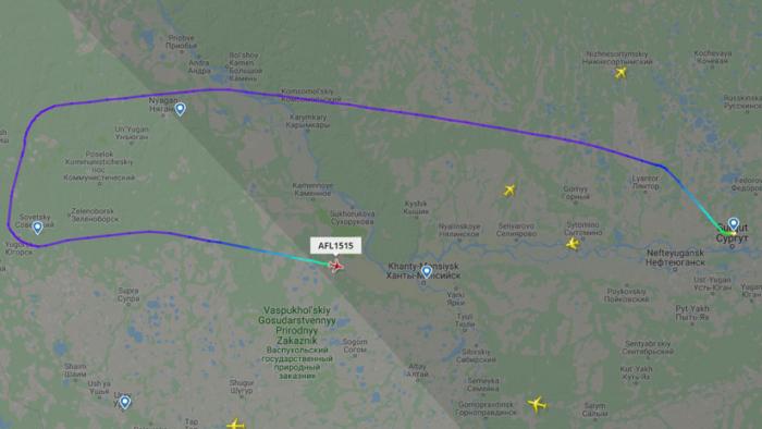Desvían un vuelo en Rusia al exigir un pasajero que el avión se dirija a Afganistán