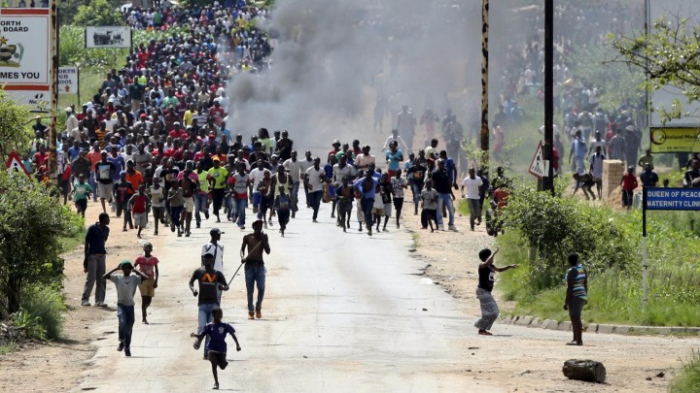 Viele Festnahmen nach gewalttätigen Protesten