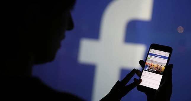 Older people, conservatives more likely to share fake news on Facebook