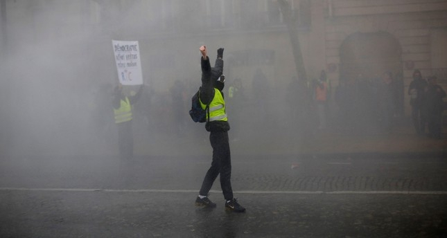 French yellow vests protest despite Macron