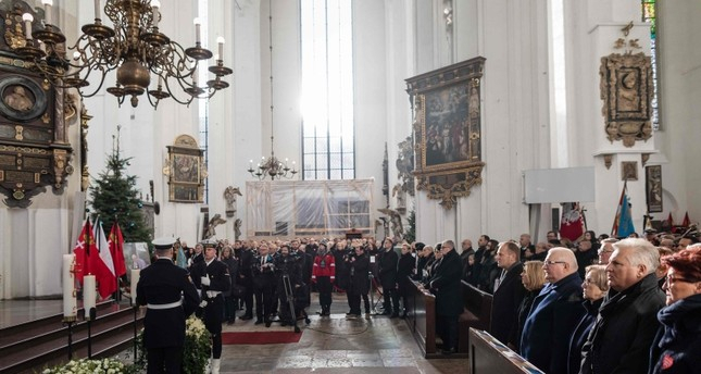At least 45,000 attend the funeral of murdered Polish mayor in Gdansk