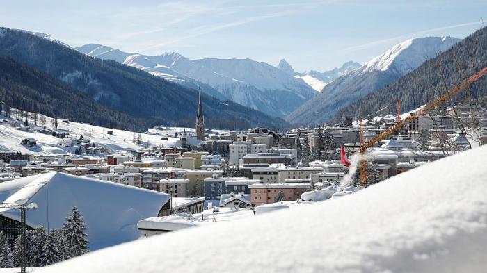 Un nombre record de vols en jet privé annoncé pour Davos