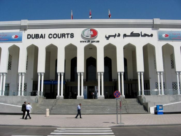 محاكمة فنانة عربية مشهورة لاعتدائها بالضرب على أسرة