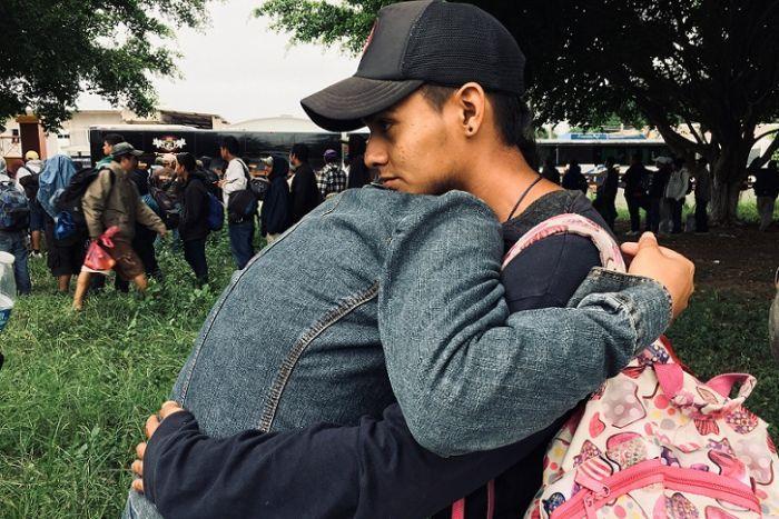 قافلة مهاجرين جديدة بدأت تتشكل في هندوراس في طريقها إلى أمريكا