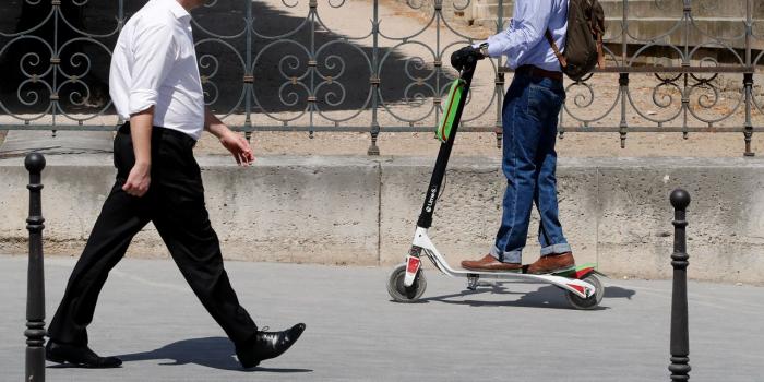 """Uber rêve de vélos et de trottinettes autonomes capables de se """"ranger"""" seuls"""