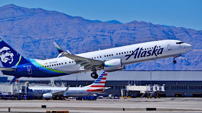 Un vuelo tarda 30 horas de Boston a Los Ángeles tras múltiples percances