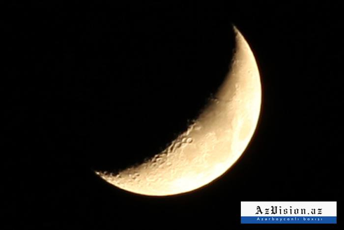 La luna de sangre ilumina al mundo en un eclipse total