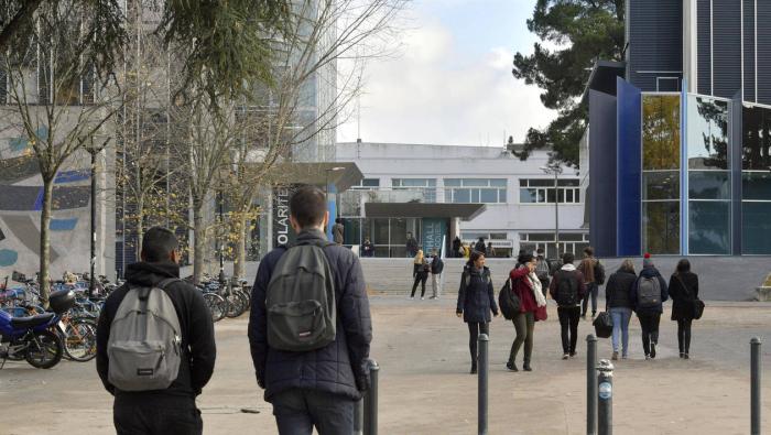 France:  Des universités refusent d'augmenter les frais d'inscription pour les étrangers