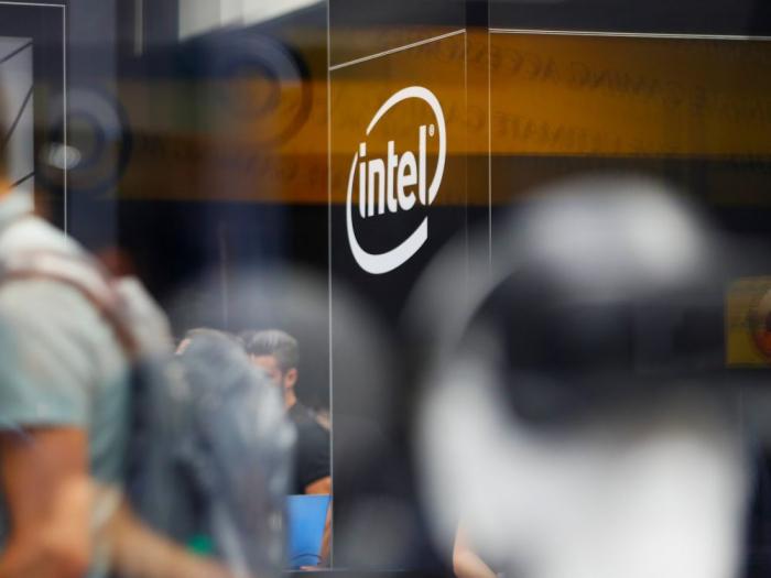 Intel travaille avec Facebook sur une puce d