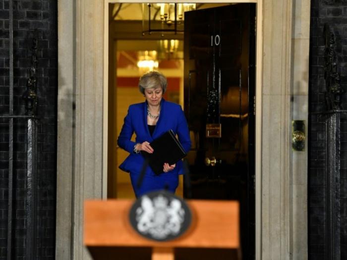 Brexit: Theresa May de retour dans l