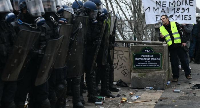 """Druck der """"Gelbwesten"""" steigt – Macron reagiert: """"Welche Steuern sollen wir senken?"""""""