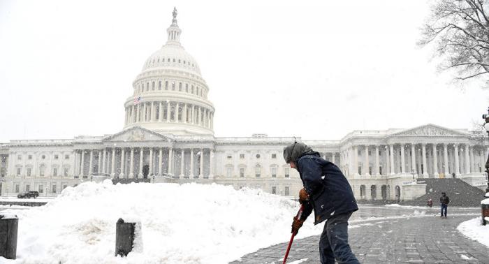 El Gobierno de EEUU llama al trabajo a 50.000 funcionarios afectados por el
