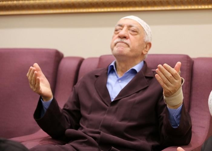 Fugitive terror suspect Fetullah Gülen may flee to Egypt, report says