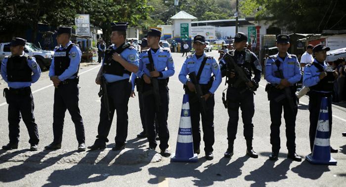 Honduras refuerza seguridad en frontera y advierte de obstáculos a nueva caravana migrante