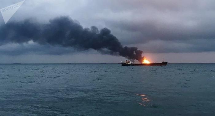 Descartan encontrar con vida a los desaparecidos de los barcos incendiados en el mar Negro