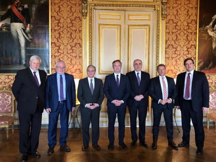 Azerbaijani, Armenian FMs agree to continue talks next month