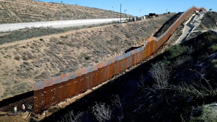 Peligra la campaña de donaciones para erigir el muro de Trump de manera