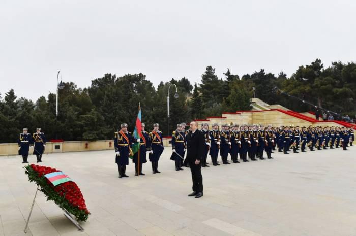 Presidente visita el Callejón de los Mártires
