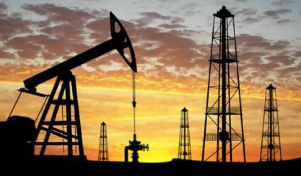 Le pétrole profite de signes encourageants sur l