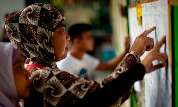 Philippines: Muslims vote in referendum on autonomous region