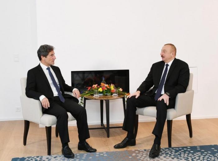 President Aliyev meets SUEZ Executive Vice-President for International Development