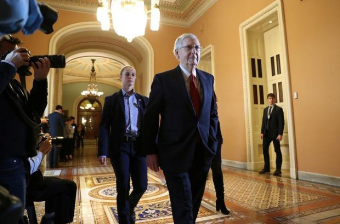 Senate seeks solution to open government, Trump insists on wall