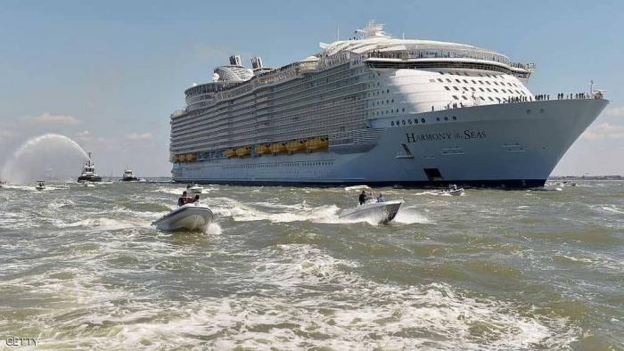"""وفاة """"مأساوية"""" بأكبر سفينة في العالم"""