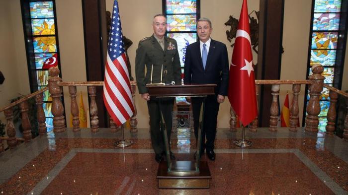 Le ministre turc de la Défense a reçu le chef d