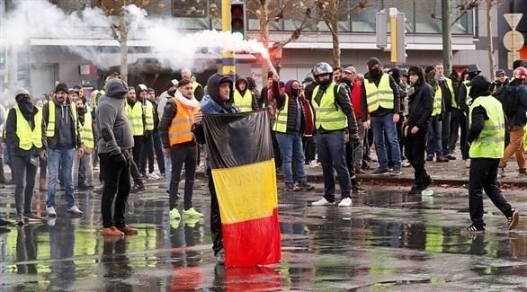 """مقتل متظاهر من حركة """"السترات الصفراء"""""""
