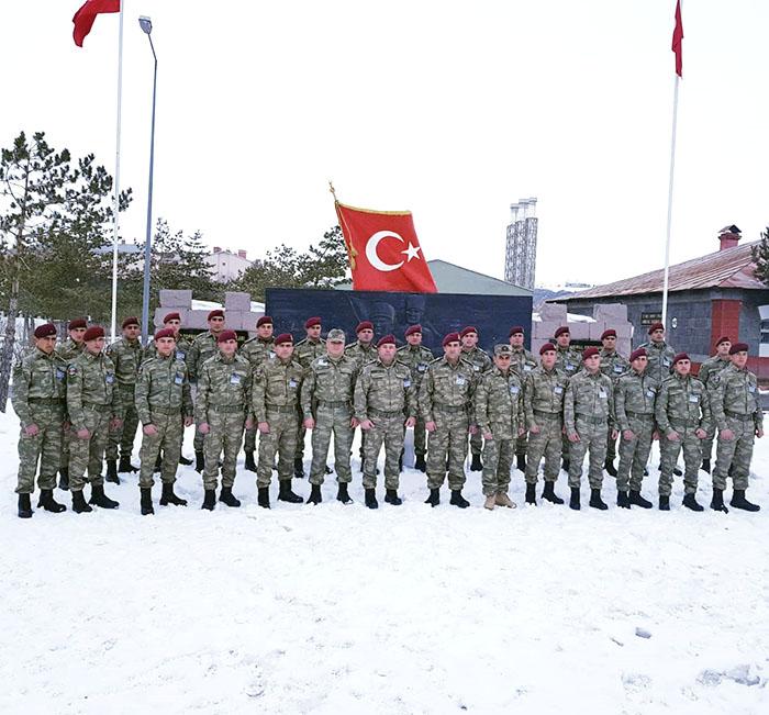 الجنود الاذربيجانيون يستعدون للتدريب الشتوي الدولي -   فيديو