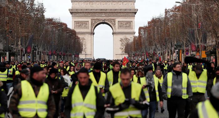 Fransadakı etirazlarda 51 mindən çox şəxs iştirak edib