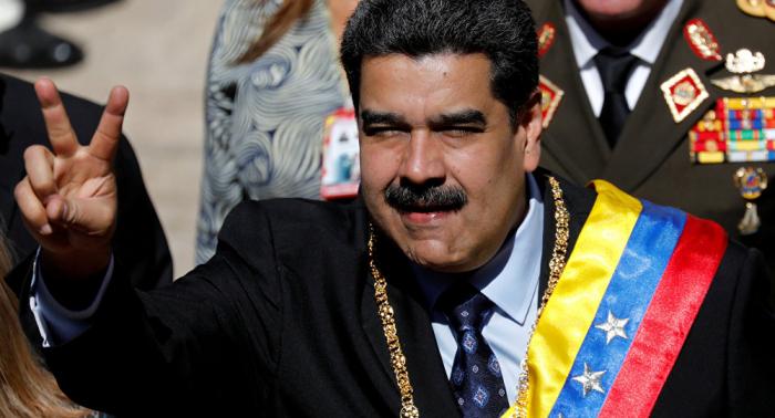 Maduro lance «les plus grands exercices militaires de l