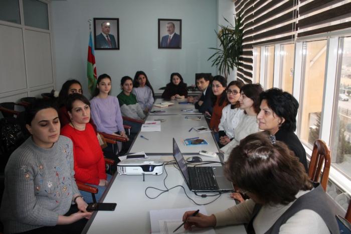 DİM-də elmi-metodik seminarlar keçirilib
