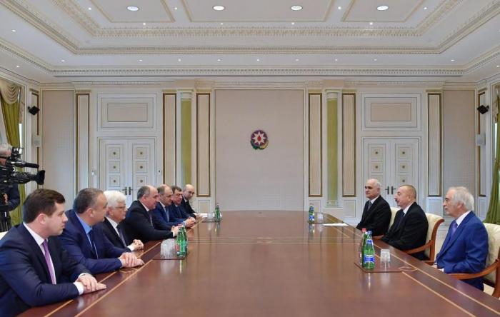 Ilham Aliyev receives head of Russia