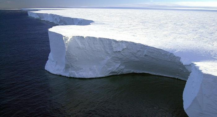 Antarktis: Riesiges Loch unter Thwaites-Gletscher entdeckt