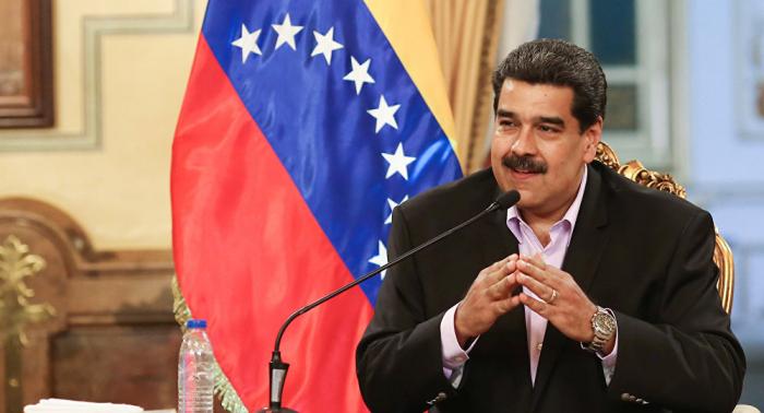 El Kremlin asegura que la posibilidad de conceder asilo a Maduro en Rusia no se plantea