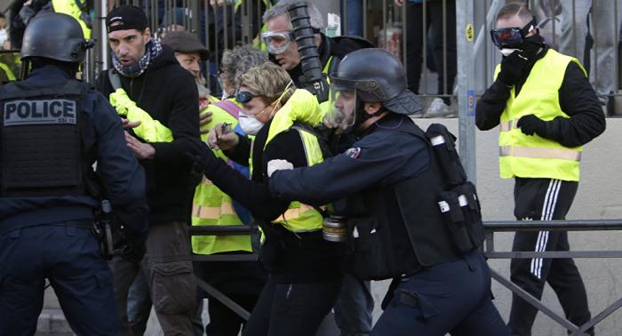 Asciende a 39 el número de detenidos en las protestas de     chalecos amarillos     en París