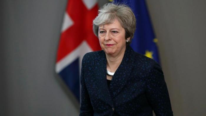 May lehnt Forderung von Labour-Chef Corbyn ab