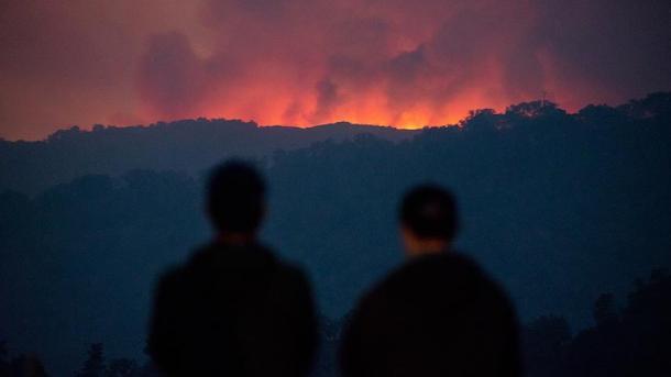 Evacuadas 3.000 personas por incendios forestales en Nueva Zelanda