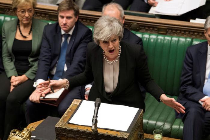 "May-Appell an Abgeordnete - ""Nerven behalten"""