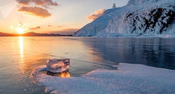 Hunderttausende Tonnen Erdöl unter dem Baikalsee – Forscher warnen vor Katastrophe