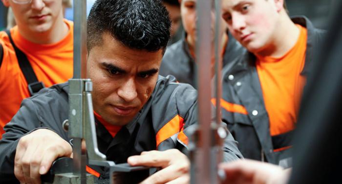 Mehr Zuwanderung aus Drittstaaten? Arbeitsmarktexperte warnt vor den Folgen