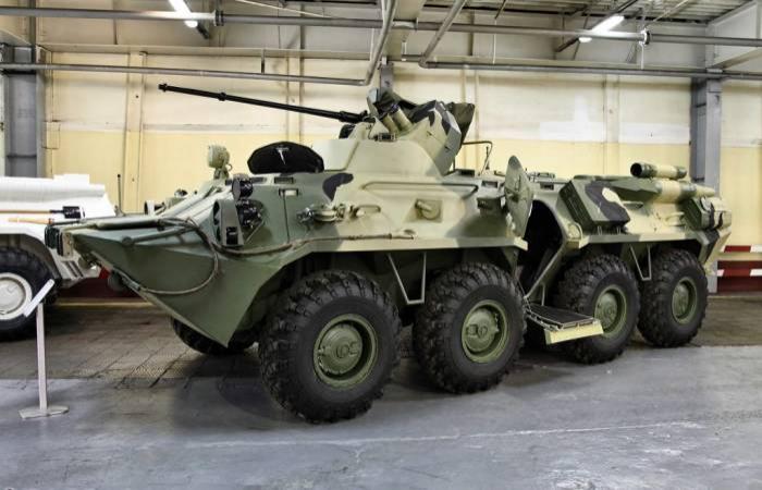 Azerbaiyán discute con Rusia la compra de nuevas armas y equipo de combate