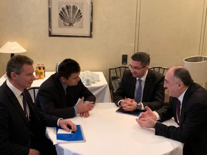 Azerbaijani FM meets Ukrainian counterpart