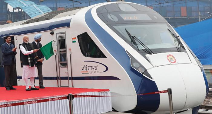 El tren indio Vande Bharat Express se rompe al día siguiente del lanzamiento