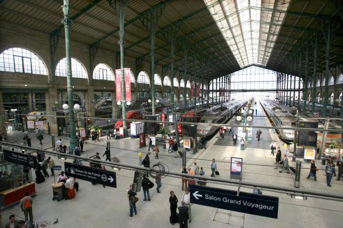 Major disruption on Eurostar after Second World War bomb discovered